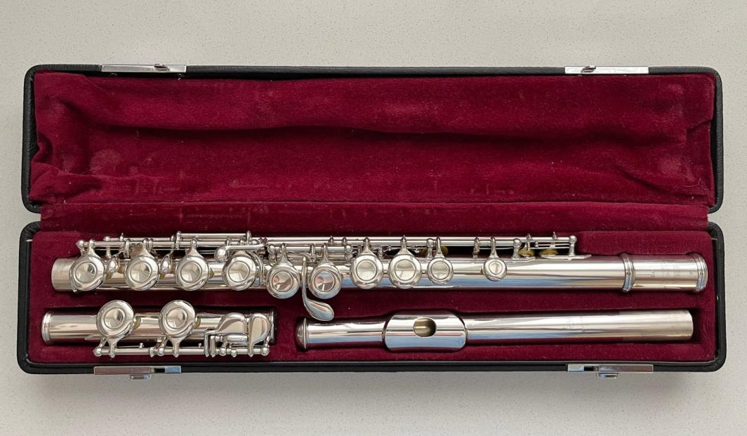 Yamaha 411 solid silver flute