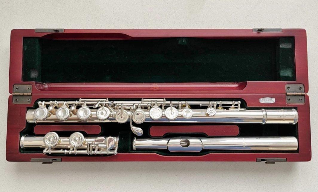 Pearl PF-795 Elegante solid silver flute