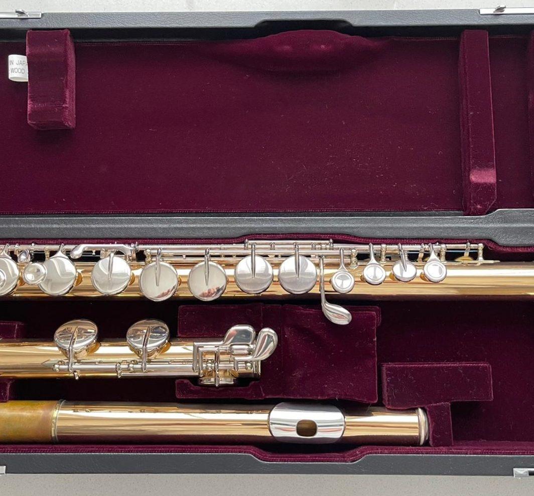 Yamaha YFL-A421 Gold Brass Alto Flute