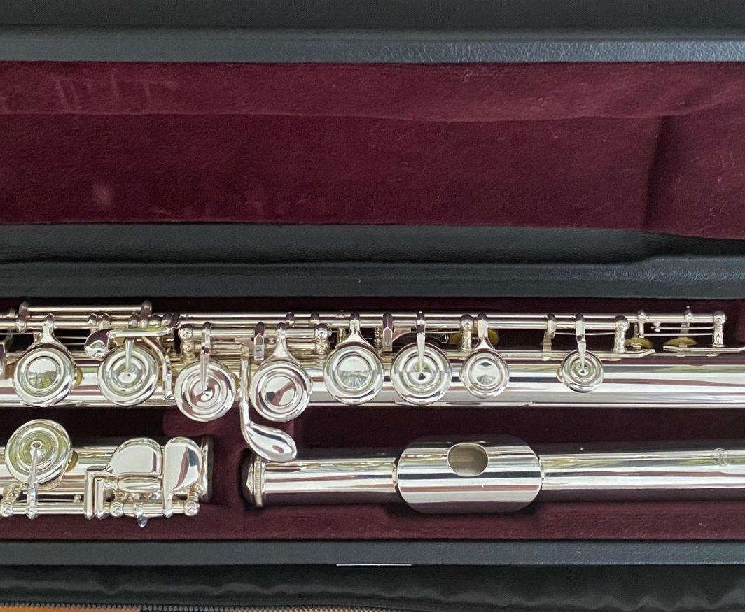 Yamaha YFL-412 flute