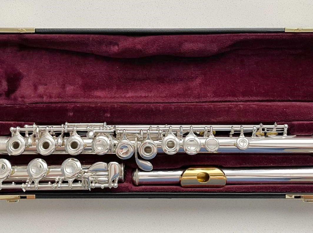 Yamaha YFL-471 Allegro solid silver flute